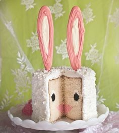A bunny cake for Easter: A hopping good way to delight your guests