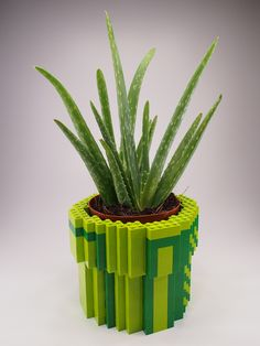 8-Bit LEGO Warp Pipe Planter idea, pipe planter, 8bit warp, lego creation, legos, lego 8bit, lego stuff, planters, warp pipe