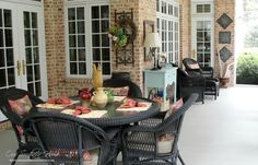 Southern screened porch from Our Southern Home #screenedporch #southernporch #porch