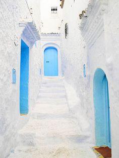 blue doors in Greece