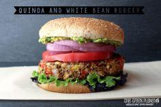 http://onegr.pl/1dvZsFk #vegan #recipe #quinoa #meatless
