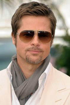 Brad Pitt in Tom Ford sunnies - Love these !