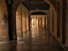 Rua Nova, Santiago de Compostela (Spain). El trazado de la calle es del siglo XI, la más antigua de la ciudad ...