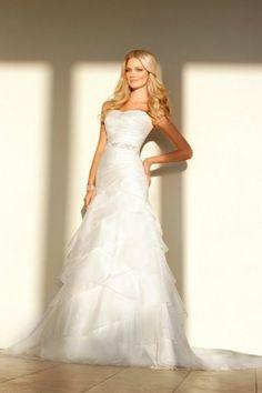 I love strapless dresses.