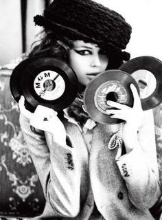 recording kemp muhl, designer purses, music, record, vinyls, dance floors, ellen von unwerth, designer handbags, black