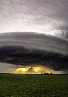 Supercell sunset by source lockdownheaven