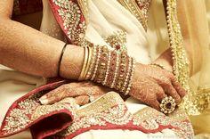indian muse, indian weddings, bangl, light