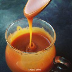 Solony sos karmelowy