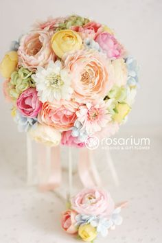 boutonnier, flowers ブーケ, color schemes, color combos, green pink yellow wedding, pastel weddings, pastel colors, wedding bouquets mixed pastels, blues