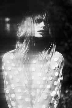 reciprocity | spotted | polka dots | fashion editorial | black & white | movement | spots | www.republicofyou.com.au