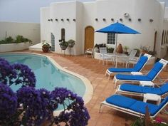 Casa del Mundo - Exotic Beach Front Baja Home
