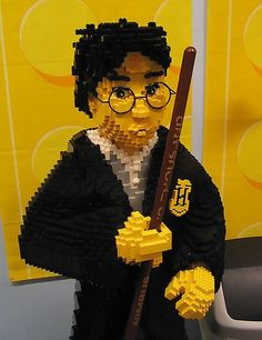 LEGO Harry! @Jenn L Bonstein Have you seen this?!