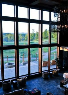 You'll come to Primland for its spa, but you'll stay for the stargazing and sleek design in its eco-friendly Pinnacles Suite.