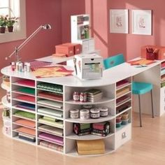 LOVE this table for a craft room