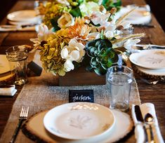 Wedding : Rustic Elegance Homespun  Arrangement