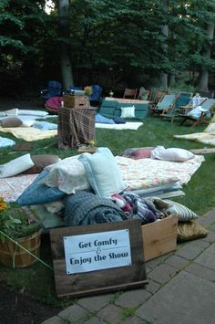 How to Host an Outdoor Movie Night in 5 Simple Steps - Babble
