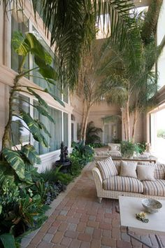 Lanai design ideas pictures remodel and decor page 122 for Small lanai decorating ideas