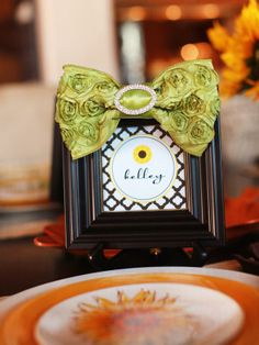Make guests feel at home with customized printable place cards. Pop the cards into small frames embellished with ribbon to dress them up. Bonus: Guests can take the frames home and fill them with a photo of the day's festivities.  Print>> http://www.hgtv.com/entertaining/sunflower-themed-thanksgiving-dessert-buffet/pictures/page-12.html?soc=pinterest