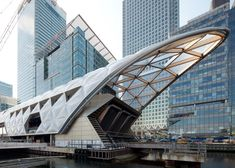 Foster's Canary Wharf Crossrail station nears completion.