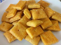 Homemade Cheese Crackers (like Cheez-its!)