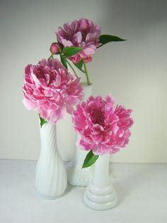 Vintage Milkglass Vases WEDDING Set/3 by LavenderGardenCottag