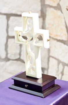 uniti cross