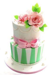 pearl, cupcak, birthday, pink roses, cake wrecks