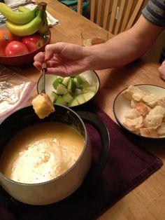 Easy Cheddar Cheese Fondue