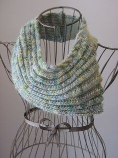 Balls to the Walls Knits: Ribbed Shell Cowl