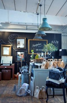 chalkboard wall behind the counter would be perfect