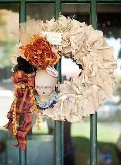 Love this wreath at a vintage halloween party via Kara's Party Ideas #halloweenparty #wreath