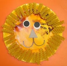 One of the first  lion art projects I  ever did as a Pre School Teacher.....30 plus years ago,