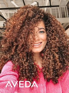Your curls deserve the best, like naturally-derived* ingredients like organic pomegranate oil to leave your hair visibly healthy. @stylefeen used NEW Aveda Nutriplenish from Aveda to style and define her naturally curly hair. The Aveda Nutriplenish collection contains a shampoo, conditioner, multi-use oil and leave-in conditioner designed for an intensely hydrating experience. Click to learn more and shop Aveda's vegan hair and beauty products.   *From plants, non-petroleum minerals or water.