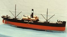Scale model of Robert Mærsk from 1920, i.e. before our vessels turned blue.