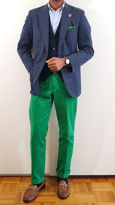 Navy sport coat, light blue OCBD, green pants, navy vest