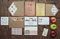 PRETTY INVITATIONS AND ENVELOPES