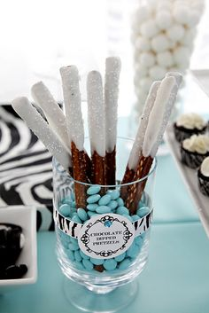wHiTe.ChOcOLaTe. Dipped Pretzels in bLuE M's