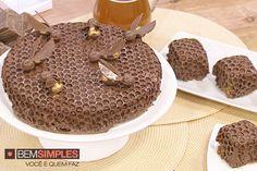 Bolo colmeia. http://www.bemsimples.com/br/programas/a-confeitaria/