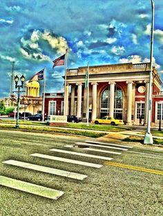 Amtrak Greensboro, NC (GRO) in Greensboro, North Carolina has three trains, Crescent, Carolinian, Piedmont train travel in north carolina