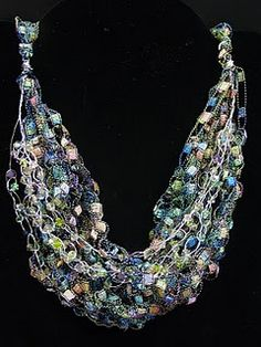 crocheted necklace using ladder yarn; tutorial -