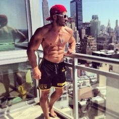 Spring Has Sprung For This New York Muscle Gym Rat