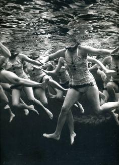 Aquacade  photo by Philippe Halsman, Florida, 1953