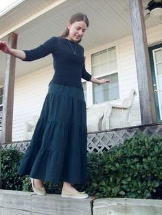 Tiered skirt tutorial from Thoughts and Thimbles blog.
