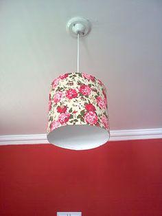 luminária feita com barrica de papelão