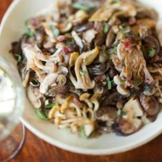 Sautéed Mushrooms with Caramelized Shallots (sans bacon)