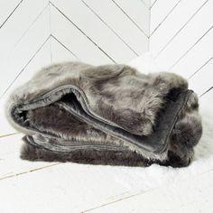 faux fur, fur throw
