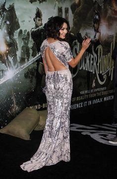 Vanessa Hudgens shines at Sucker Punch premiere