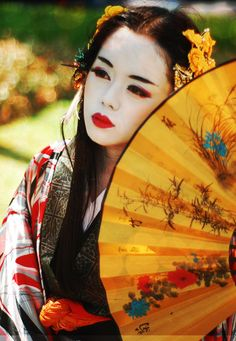 geisha, hand fans, japanese people, red lips, beautiful asian face