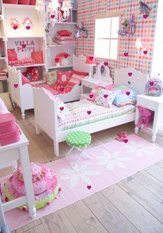 meisjeskamer on Pinterest  Girl Rooms, Little Girl Rooms and Pastel ...