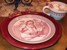 ♥I'd love to have that Santa plate.